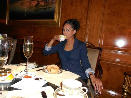 The Ritz-Carlton New York, Central Park: High Tea