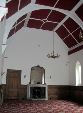 Nairn, UK: Former chapel is one of the rooms you can explore