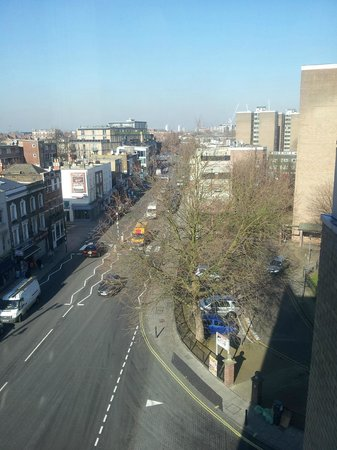 Holiday Inn Express Earls Court : View from Room/Lift