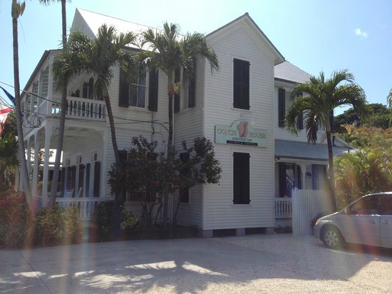 The Conch House Heritage Inn: Side view of property.