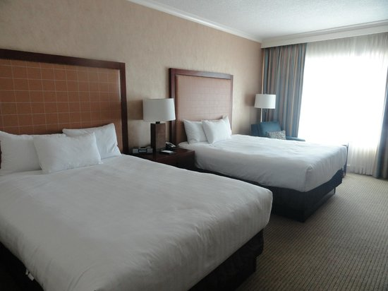 Hyatt Regency Calgary: My room was clean and spacious enough