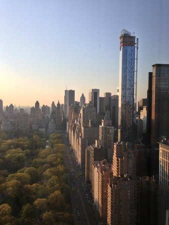 Mandarin Oriental, New York : Sunrise over Central Park - best way to start the day 