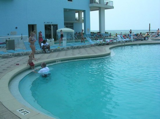 Majestic Beach Towers: Pool