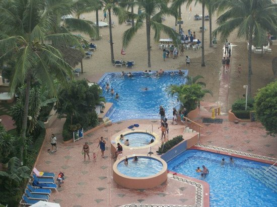 Friendly Vallarta Resort: from our room