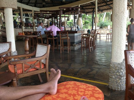 The Baobab - Baobab Beach Resort &amp; Spa: Tapa Tapa Bar