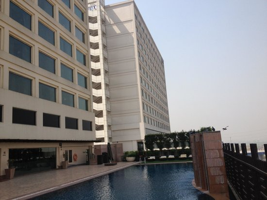 DoubleTree By Hilton New Delhi-Noida-Mayur Vihar: Exterior of the hotel with the view of Hilton Hotel