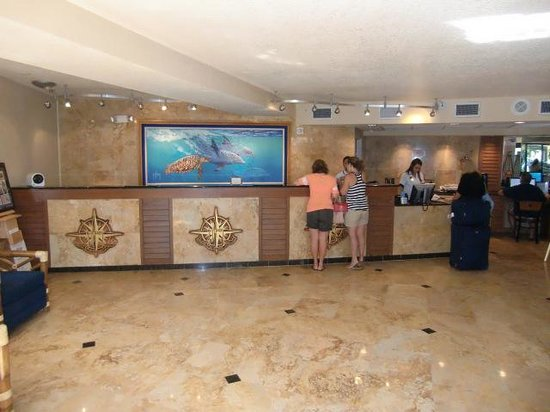 Guy Harvey Outpost, a TradeWinds Beach Resort: Starbucks