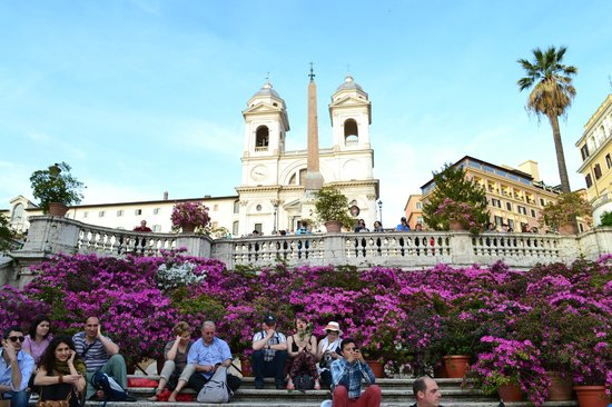 InterContinental de la Ville: View of the Spanish Steps, just 2 minutes from the Hotel