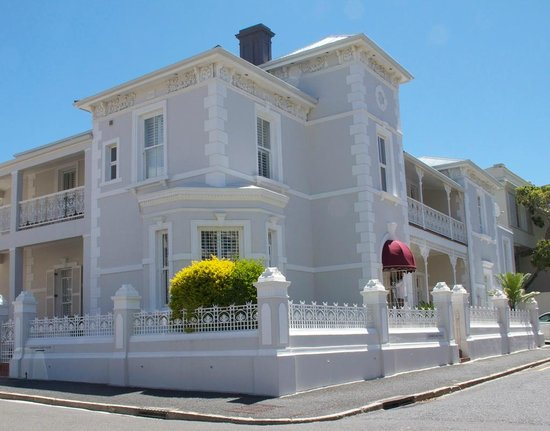 Underberg Guest House: Built in 1860, the Victorian ironwork has been restored to it&#39;s former beauty