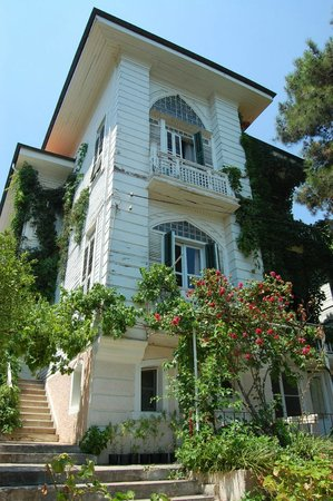 Villa Rifat Pension