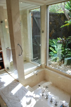The Oberoi, Mauritius: Beautiful bathroom