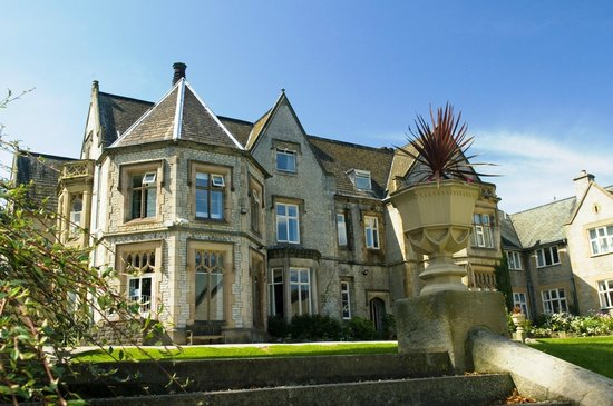 Kenwood Hall Hotel