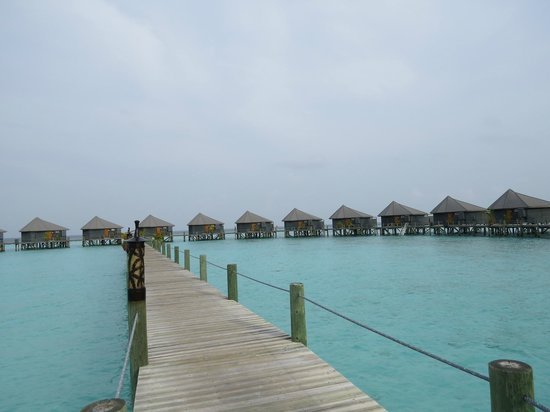 Komandoo Maldive Island Resort: water villa