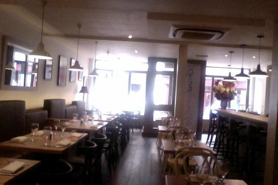 Tonbridge, UK : Refurbished Restaurant 