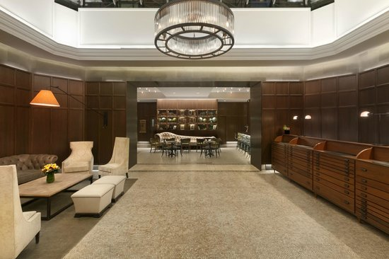 Hotel Belleclaire: Newly Renovated Lobby