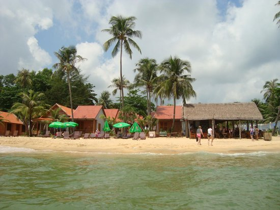 Phuong Binh House: The restaurant and bungalows