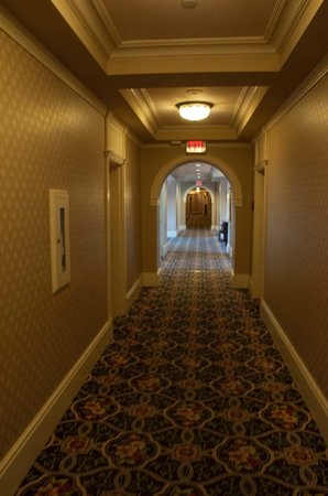 The Fairmont Empress : A view of the dowdy, dreary decor 