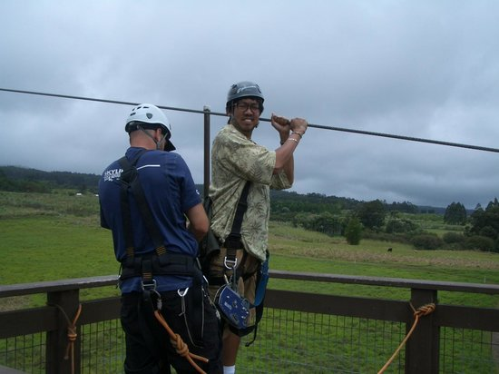 Honomu, HI: Preparing to zip