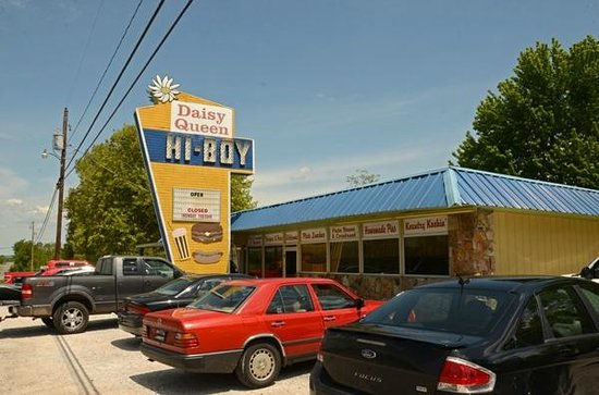 Harrison, AR: Daisy Queen Hi Boy - Great Food for Over 40 Years!