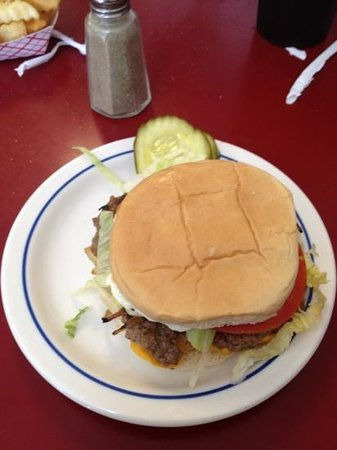Mount Airy, NC: burger.