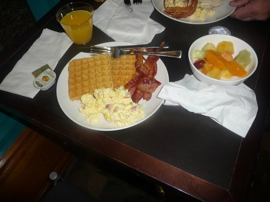 HYATT house Miami Airport : Desayuno 
