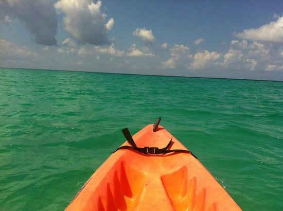 Jewel Runaway Bay Beach & Golf Resort: Kayaking (at their sister property, Jewel Dunns River Resort) - 15 min away, towards Ocho Rios