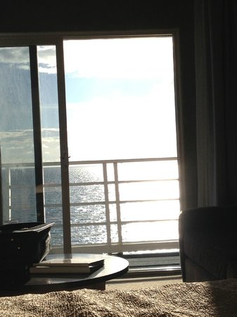 Laguna Riviera Beach Resort: from inside our room