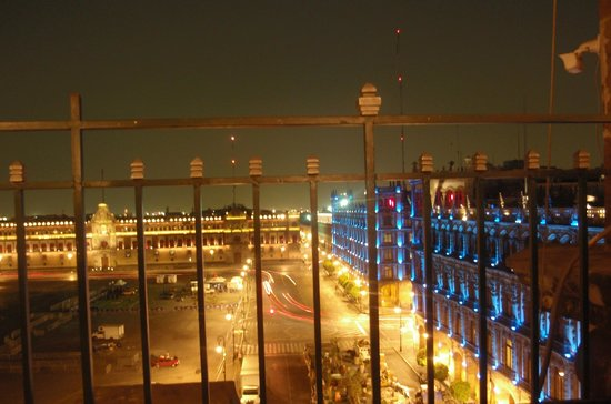 Gran Hotel Ciudad de Mexico: View of Zocalo from Rooftop Restaurant