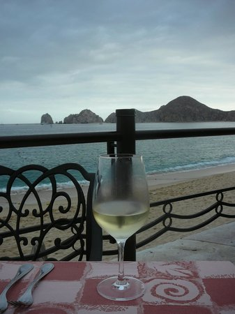 Villa del Palmar Beach Resort &amp; Spa Los Cabos: Breakfast and Dinner View
