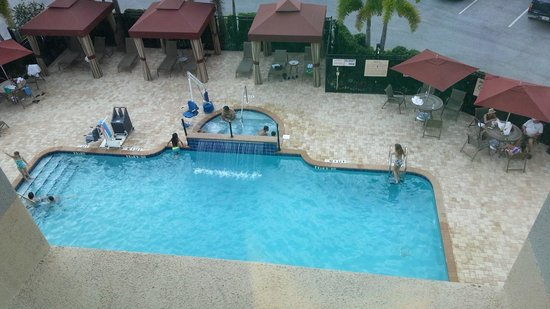 University Park, FL: The pool, spa and cabana area