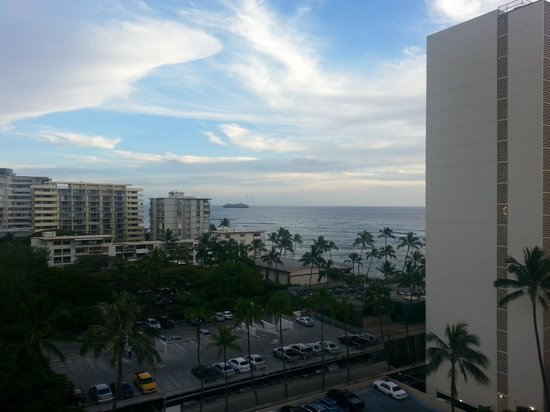 Aqua Lotus Honolulu: view from our hotel room