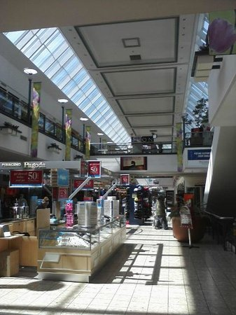 Scranton, PA: Mall at Steamtown interior