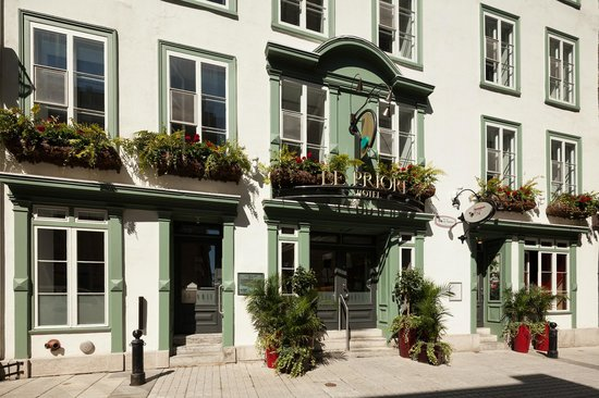 Photo of Hotel Le Priori Quebec City
