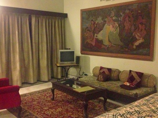 Barwara Kothi: Lovely room