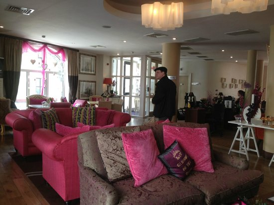 The House Hotel: Lobby with husband surrounded by pink!
