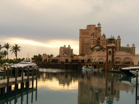 Atlantis - Royal Towers: The Lagoon at Atlantis, Paradise Island.