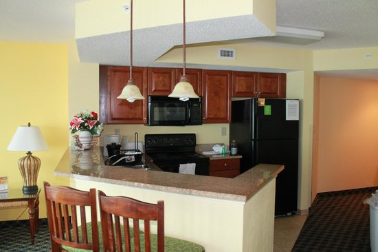 Dunes Village Resort: Kitchen