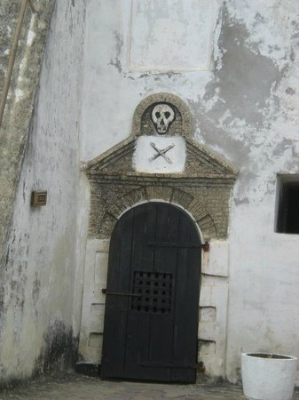 Elmina, Ghana: Right inside the castle, after the entrance