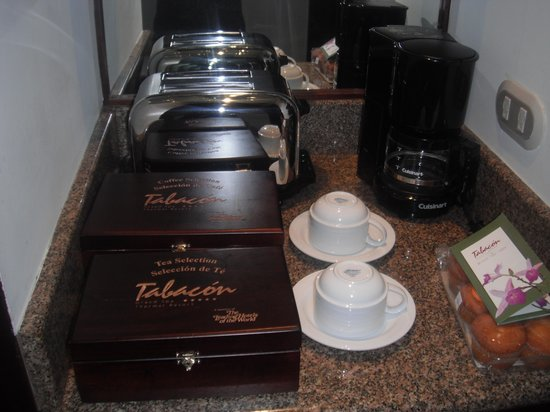 Tabacon Grand Spa Thermal Resort: Tea and Coffee Set Up
