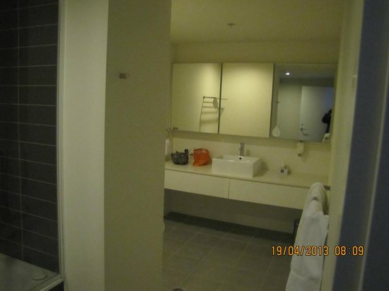 Citadines on Bourke Melbourne: Bathroom