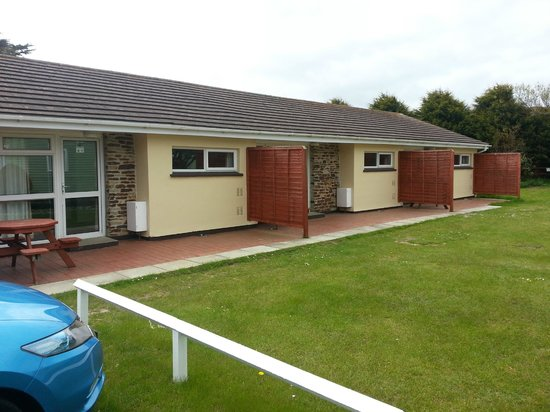 Parkdean - Holywell Bay Holiday Park: The bunglow