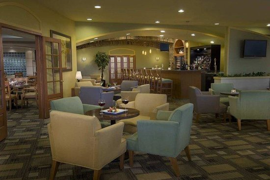 DoubleTree by Hilton Hotel Toronto Airport: Orchid Cafe and Wine Bar