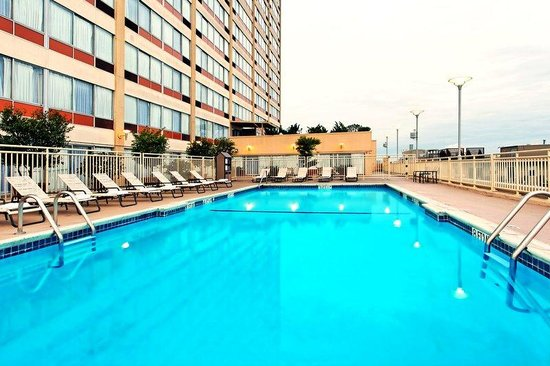 Holiday Inn San Francisco Golden Gateway: Swimming Pool