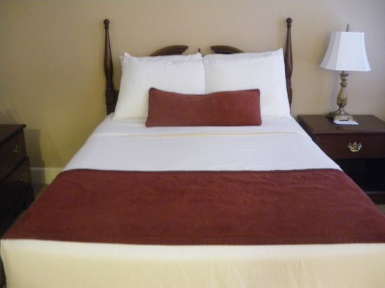 Hotel St. James: My Bed