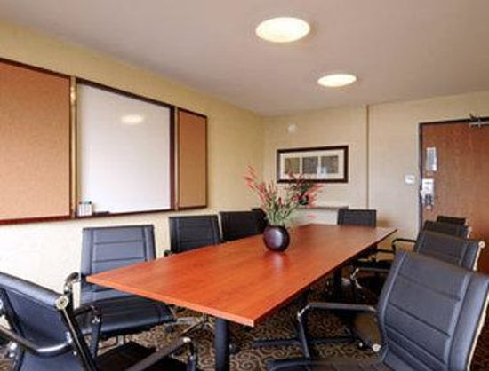 Days Inn Denton: Meeting Room