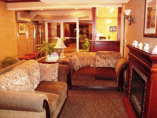 BEST WESTERN PLUS Chelsea Inn: Lobby
