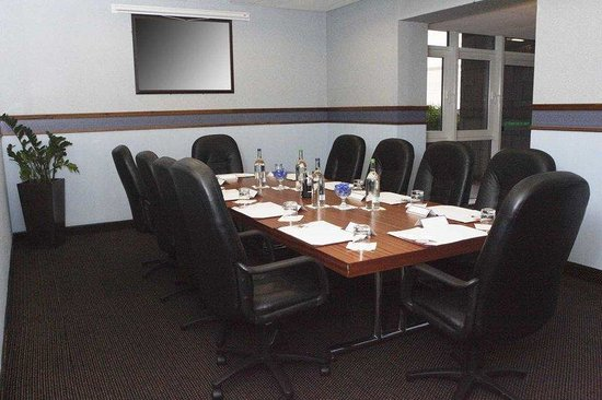 DoubleTree by Hilton Aberdeen City Centre: Meeting Room