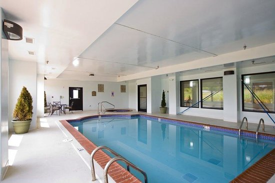 Leeds, AL: Indoor Pool