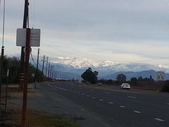 Dinuba, CA: Snow Capped Mountains
