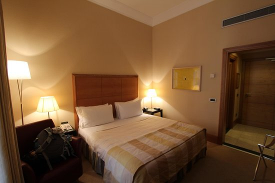 Capo d'Africa Hotel: Our Room